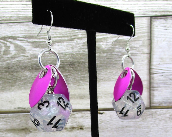 Wings of the Fae Sprite - Ro Chrome D12 - D&D Earrings - DND Earrings - DnD Dice - Dice Earrings