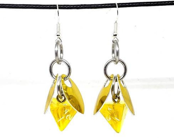 Honey Fairy D4 Earrings - D&D Earrings - DND Earrings - DnD Dice - Dice Earrings
