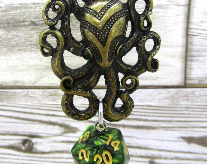 Amulet of the Octopus Green Nat 20 Pendant - Dungeons and Dragons Pendant - D&D Dice - Dice Pendant