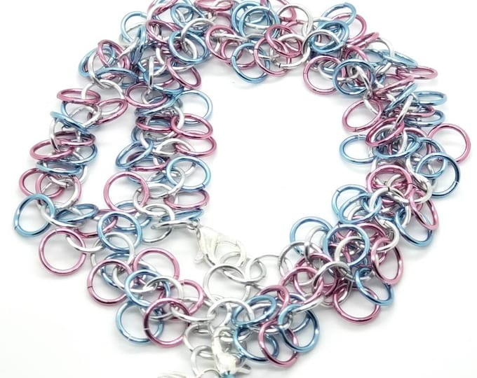 Pink, White, and Blue Transgender Pride Shaggy Loops Chainmaille Removable Mini D20 Necklace