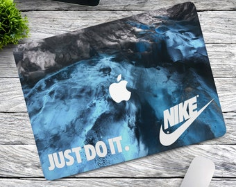 new product 5f5f4 4fb93 Nike air case   Etsy