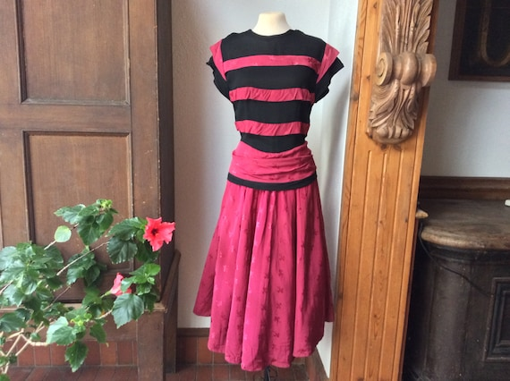 Raspberry Red pink & black striped 40s 50s dress