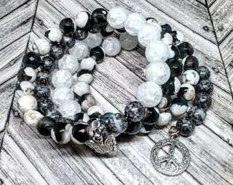 Black and White Beaded Memory Wire Bracelet