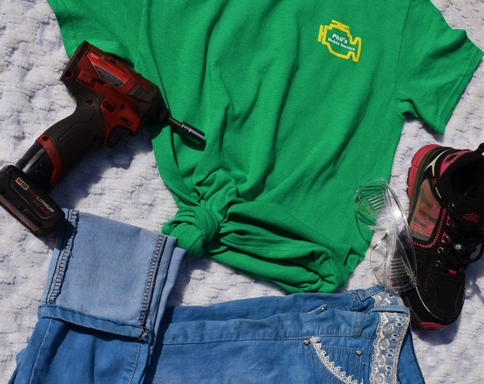 Phil's Mobil Sevirse Shirt, Mechanic's Daughter, Wife, Girlfriend, Sister, Student & Mechanic Women T-Shirt.