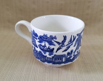 Blue Willow China Tea Cup, Churchill England, Tea Sets for Adults, Blue and White Porcelain Tea Cup, Antique Teacups, Transferware