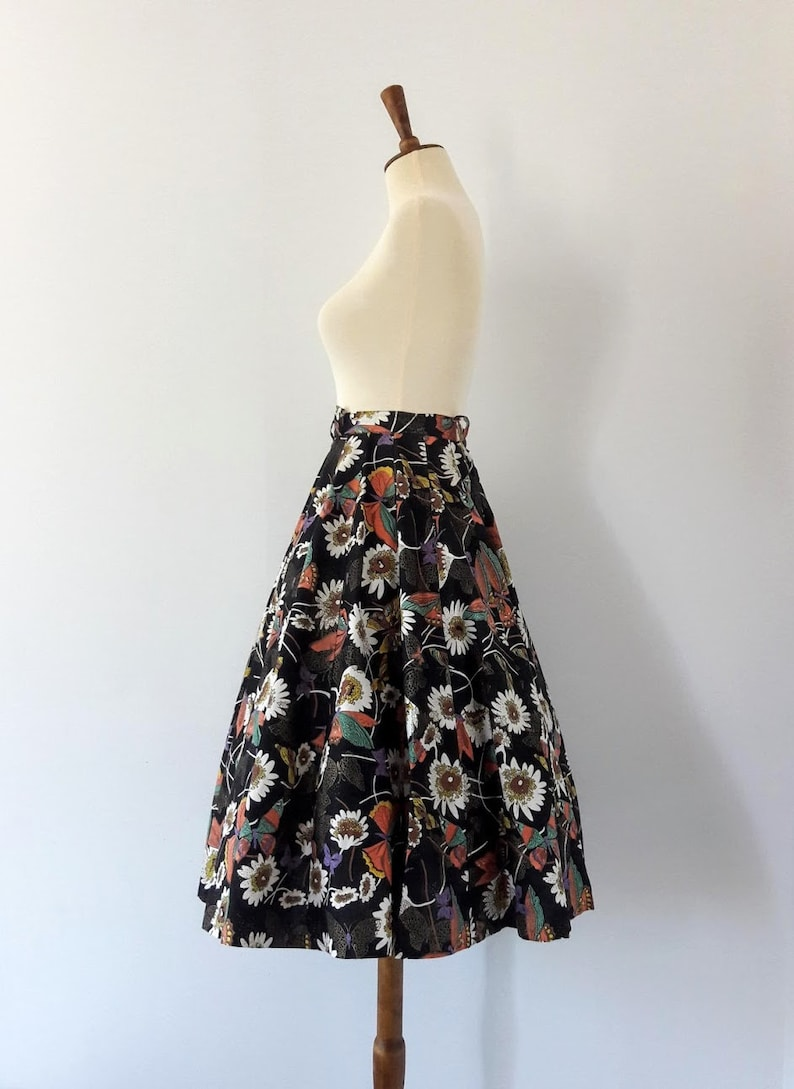 1950s Vintage Circle Skirt  Floral and Butterfly Print