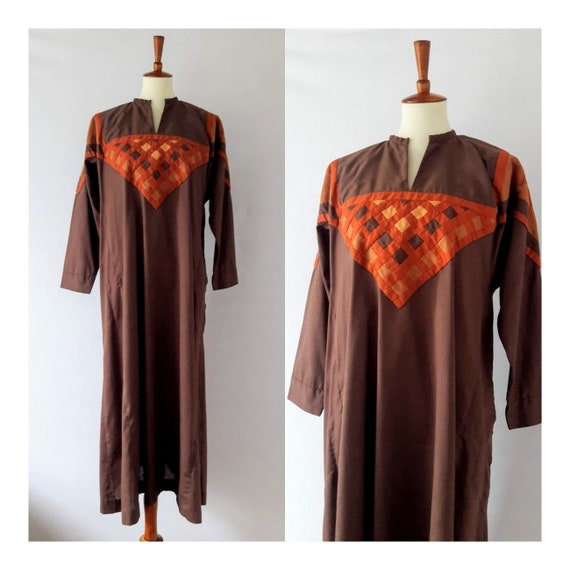 1960s Vintage Kaftan with Geometric Embelishments