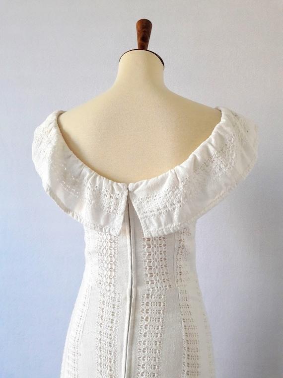1970s Vintage White Cotton Boho Maxi-Dress / Boho… - image 8