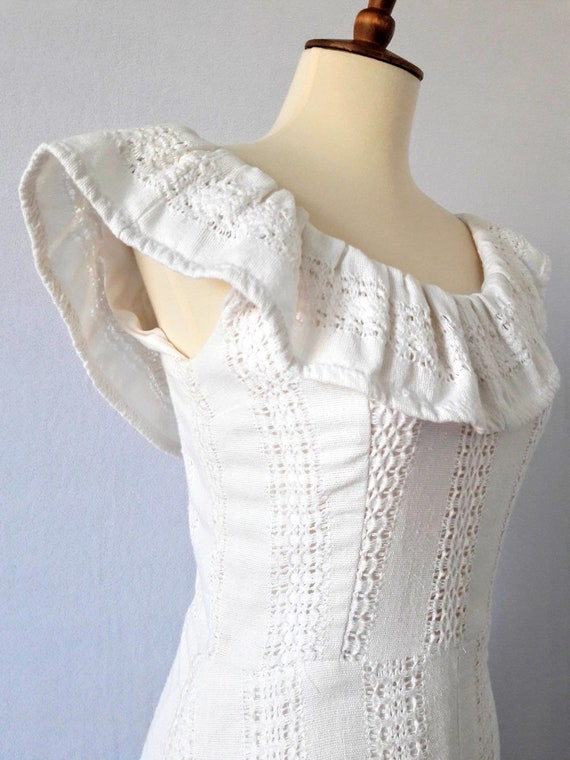 1970s Vintage White Cotton Boho Maxi-Dress / Boho… - image 5