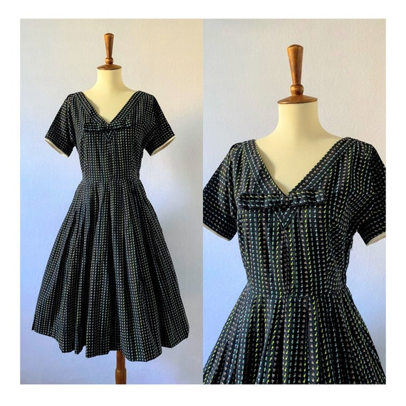 1950s Vintage Black and Floral Fit-and-Flare Dres… - image 1