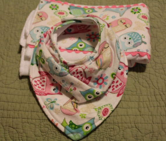 Dribble Bib PEACH DOTS Baby Bandana Adjustable 100/% Cotton//Terry Cloth FREE POST