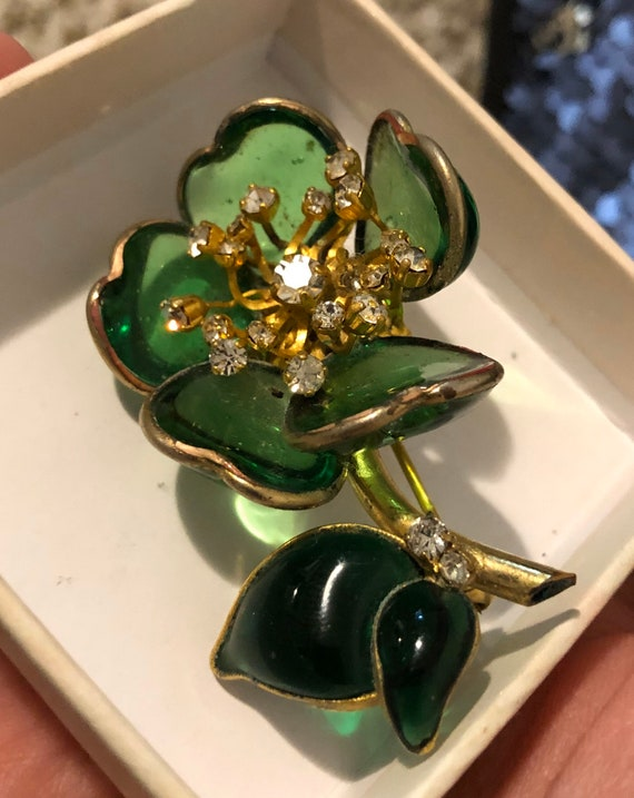 The finest authentic gripoix brooch