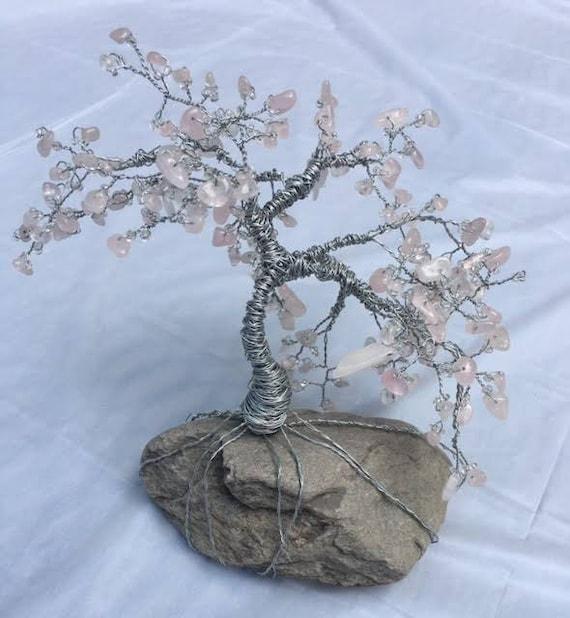 Draht Baum Art Baum aus Draht Draht Baum mit rosa Perlen