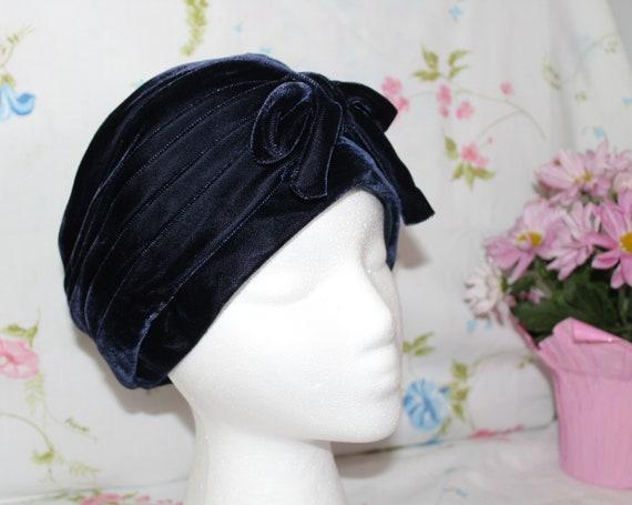 Vintage Navy Blue Turban Styled Velvet Ladies Hat