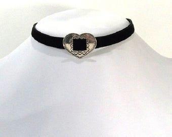 Heart and black velvet Choker necklace