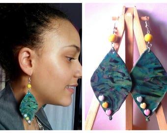 Polymer clay diamond-shaped pierced earrings