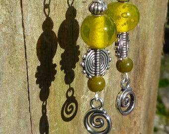 Dangling earrings Khaki, yellow glass beads and silver metal beads
