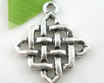 5 charm/pendant 25X21mm Chinese knot