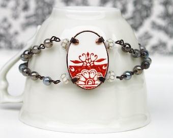 broken china dish bracelet, handmade jewelry, women bracelet, flower bracelet, beads bracelet, orange ceramic bracelet, made in France