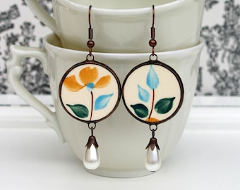 broken china dish earrings, handmade jewelry, ceramic earrings, recycled earhenware earrings,  flower earrings, gift for her, made in France