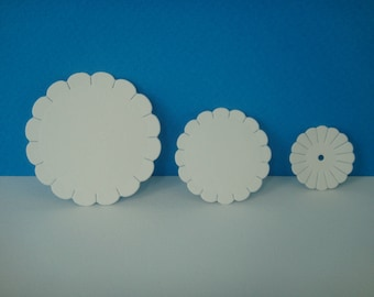 Set of 3 flowers to create white daisies