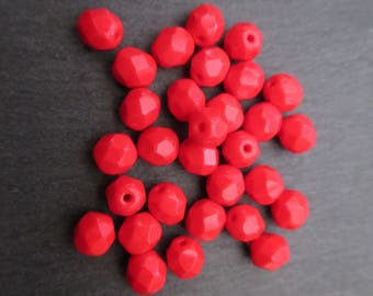 Faceted 6 mm: 10 red coral 6 mm beads Bohemian