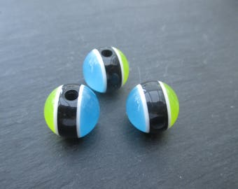 2 beads in dark blue resin and 14 mm lime