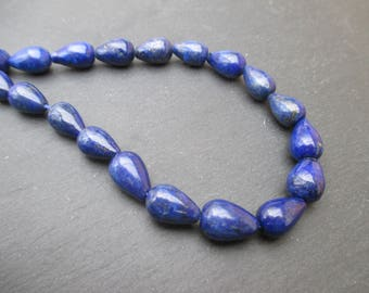 Lapis lazuli: 4 drops of 12 mm * 8 mm beads