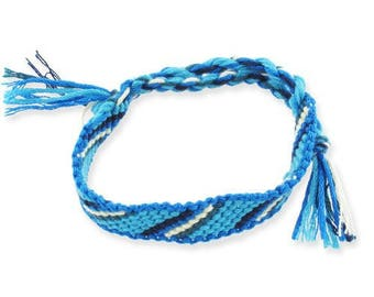 1 blue and white diagonal friendship bracelet