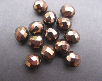 Faceted 10 mm: 10 beads Bohemian bronze