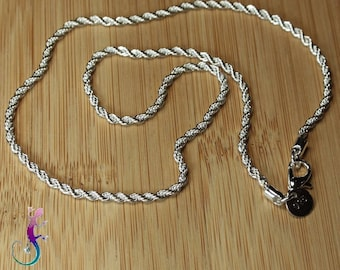 This necklace twisted silver-plated A412