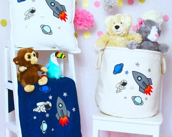 Personalised Spaceship Rocket Ship - Tub, Pillow & Blanket Set | Kids | Children's Decor | Space | Birthday Present | Birthday| Toys | Kids