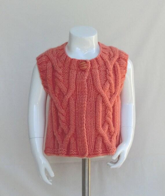 dfc4e8b1d077 Short vest size 4   5T sleeveless child girl hand knitted
