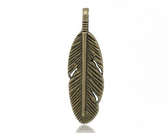 4 charms feather 30 x 9 mm bronze