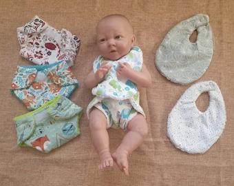 Doll's diaper and bib
