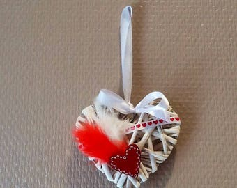 Heart Wicker decor feather and heart