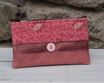 Old pink/brown textile wallet