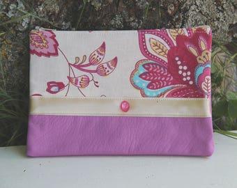 Textile pink pouch / floral