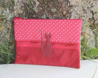 Red Textile Pocket / Cat Pea Crader