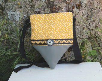 Small yellow and grey textile shoulder bag