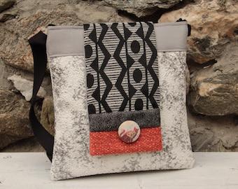 Le Chat-Marré Stone and Cat shoulder bag