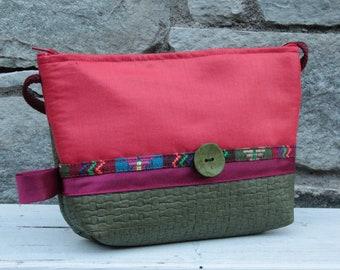 Le Chat-Marré Rouge and Kaki shoulder bag