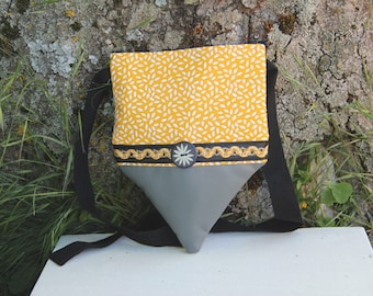 Small yellow and gray textile shoulder bag