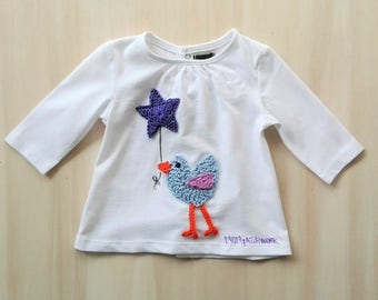 Baby t-shirt, ultra violet balloon, crocheted t-shirt, decorated tshirt, newborn tshirt, baby tshirt, birdie t-shirt, baby shower party gift