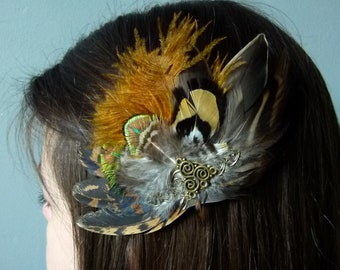 Little Chaos clip with brown and peacock green feathers elegant hairstyle accessory for wedding party or on your hat