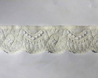 Lace elastic white Ecru French high quality pattern floral 3 cm