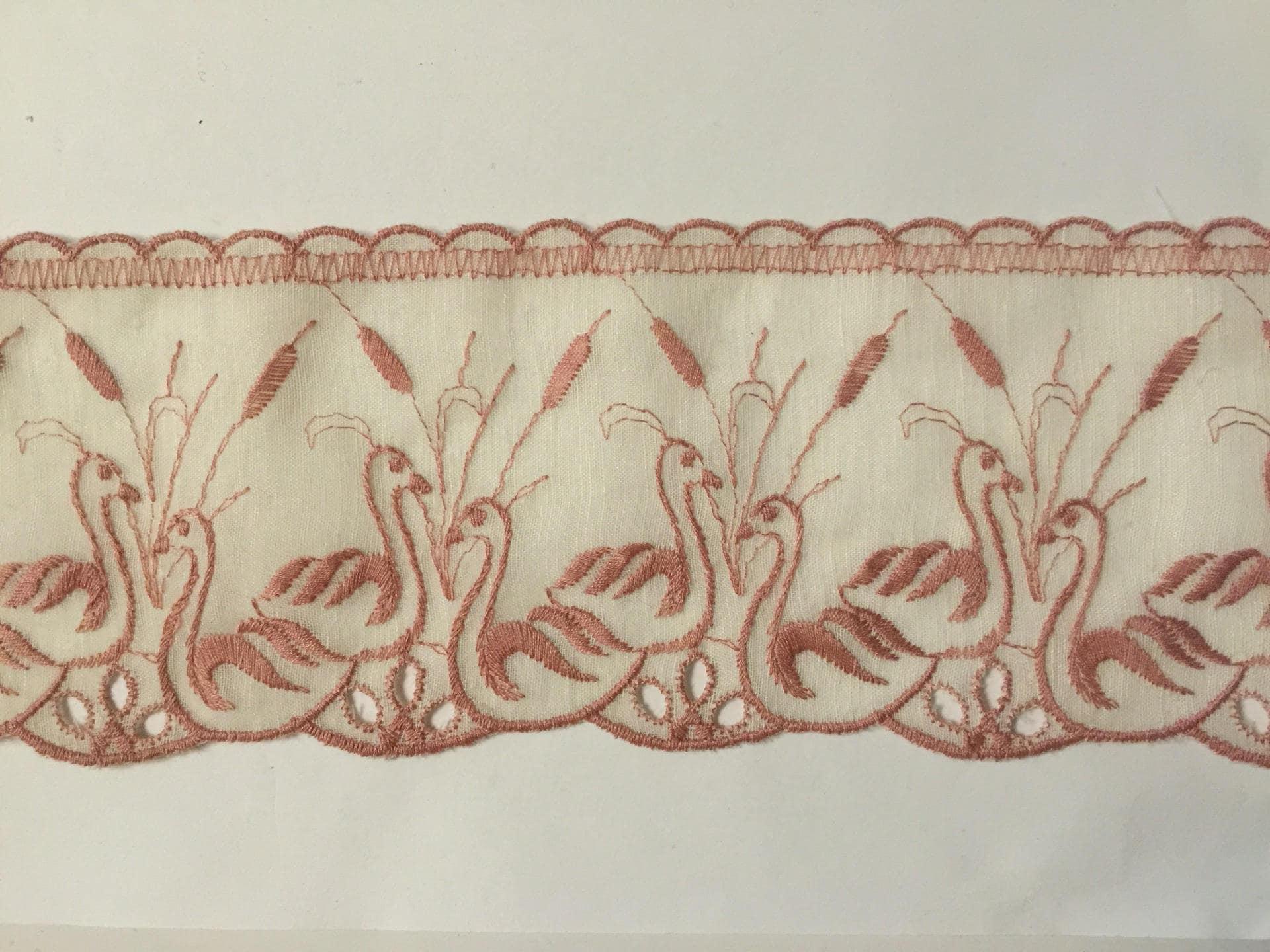 Dentelle de de Calais voile de Dentelle coton beige rebrodé vintage cygne jonc de couleur rose 512207