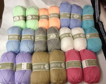 20 balls of yarn / baby / made in France