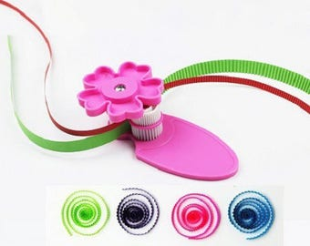 QUILLING TOOL TO WAVE EMBOSSING SHEARS EMBOSS PAPER DIY NEW