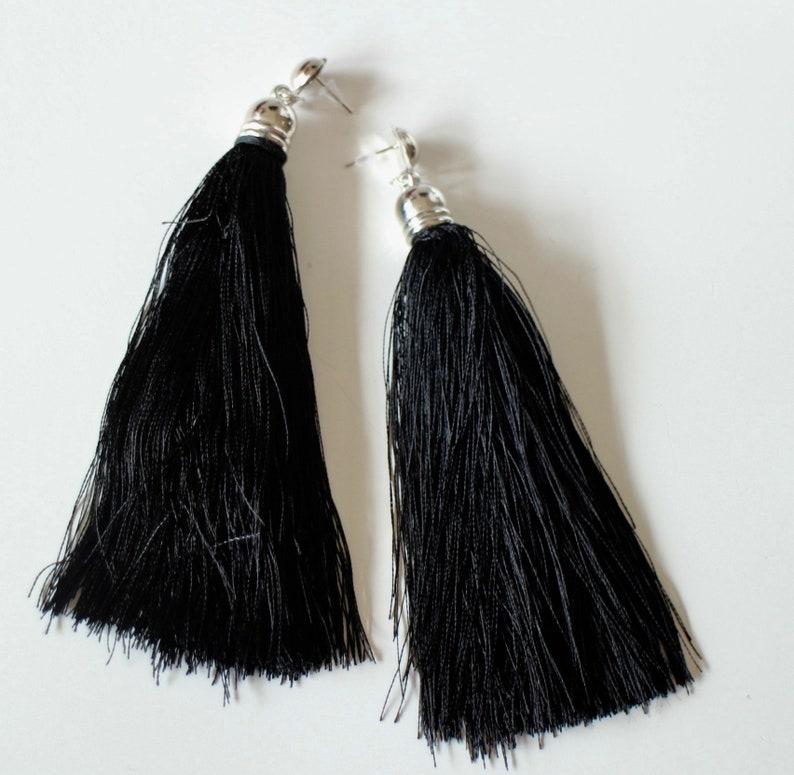 Long black pom-pom earrings in artificial silk and handmade silver metal